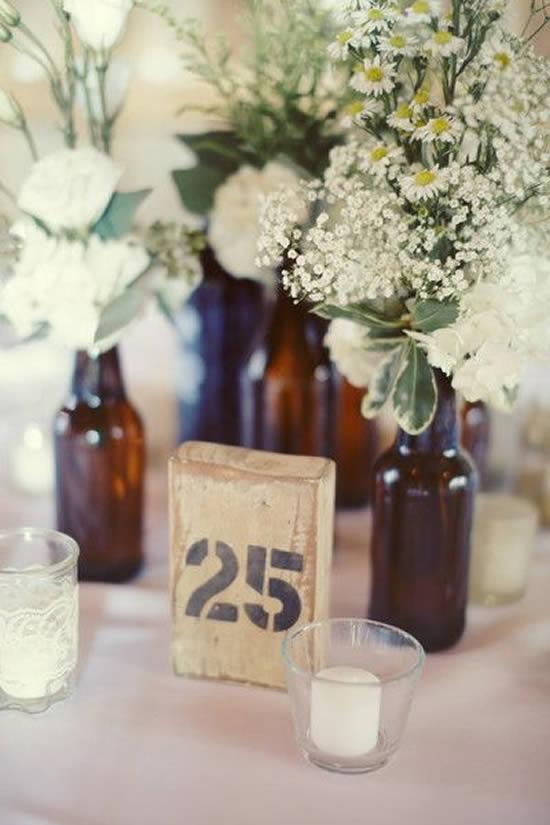 Marcador rústico para mesa de casamento