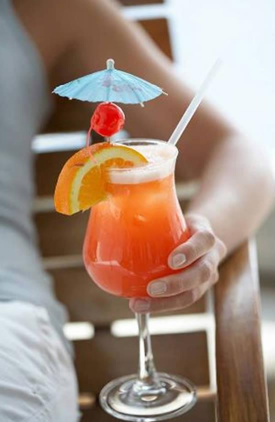 Lindas sombrinhas para drinks