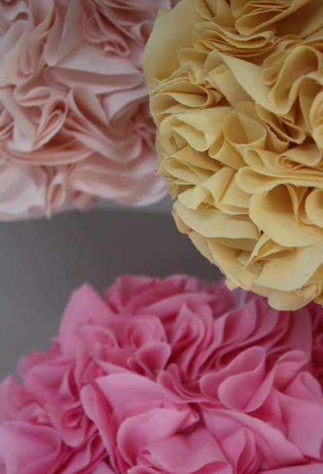 Bolas de tecido passo a passo para decoração