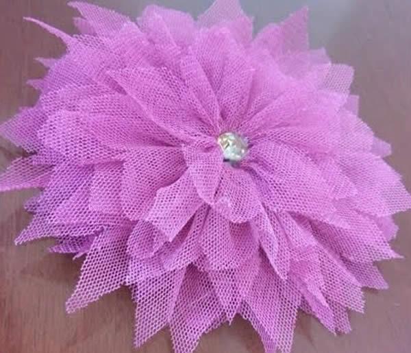 Flor linda de tule