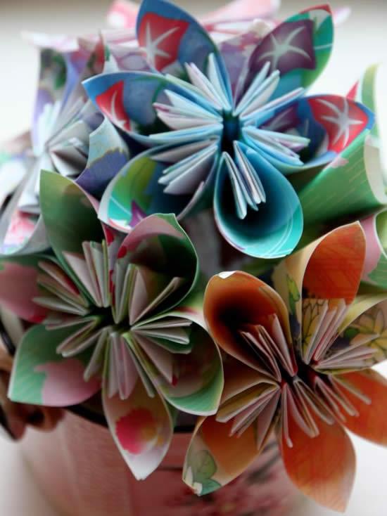 Flores origami para decoração