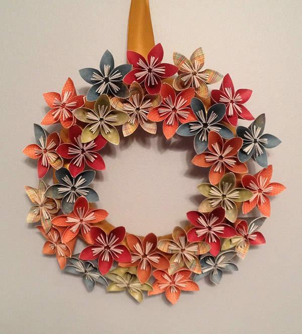 Guirlanda com flores de origami