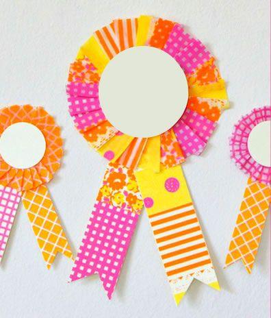 Medalhinhas de papel para decoração
