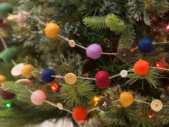 Guirlanda de feltro para o Natal