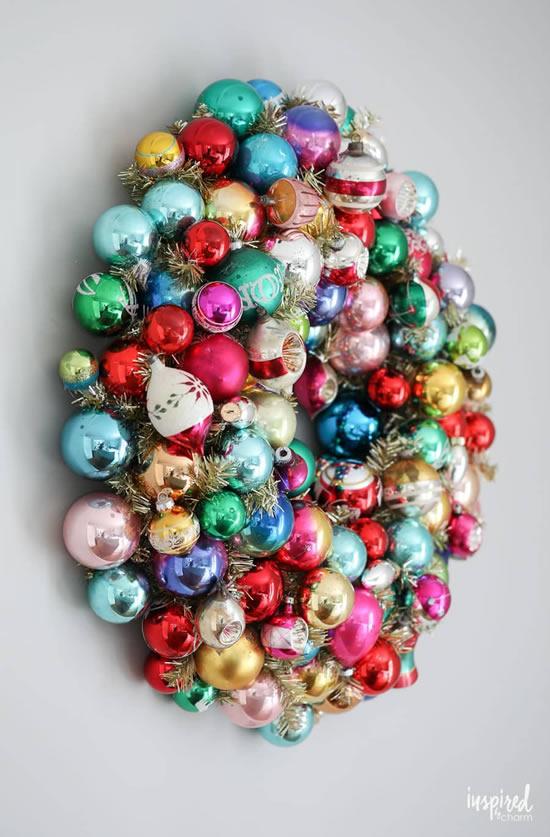 Guirlanda de Natal com bolas