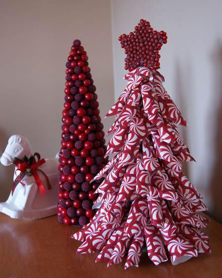 Decoração natalina com Árvore de Natal de papel