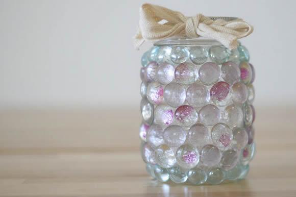 Luminária com reciclagem de pote
