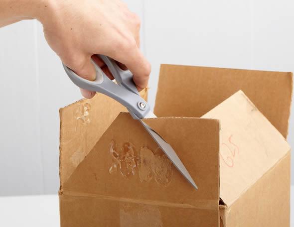 Casa de caixa de papelão passo a passo