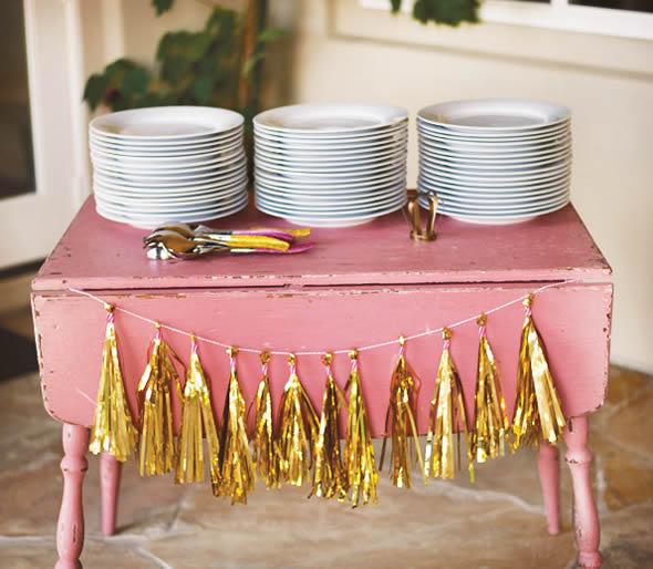 Opção barata com papel para decoração de festa