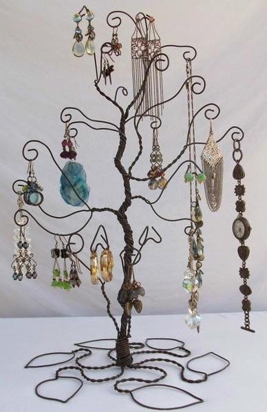 16 ideias de como fazer artesanatos para decora o com arame - Porta gioielli ikea ...