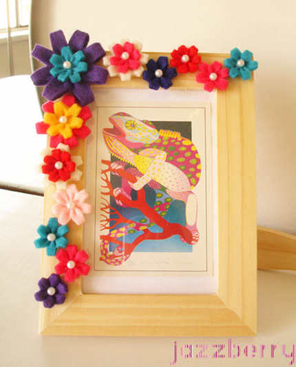 Aparador Azul Marinho ~ Como decorar quadro com flores de feltro passo a passo