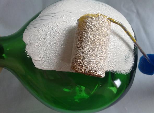 Como fazer decoupage em garrafa de vidro