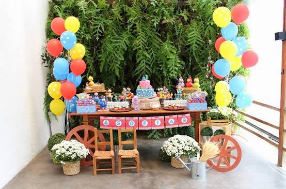Dicas e ideias para festa com o tema da Galinha Pintadinha