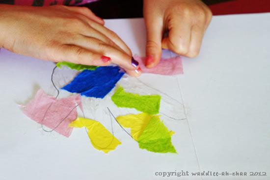 Atividade com papel crepom para o Dia das Crianças