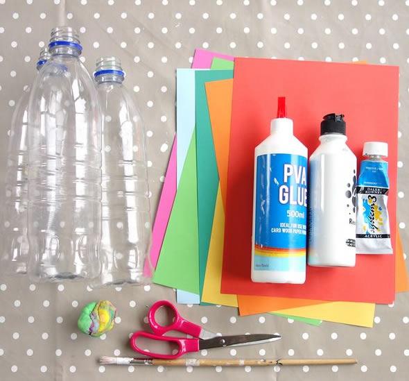 Brincadeira para o Dia das Crianças com garrafas PET