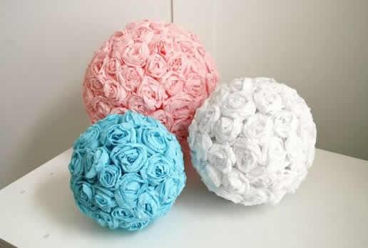 Lindas flores de papel crepom