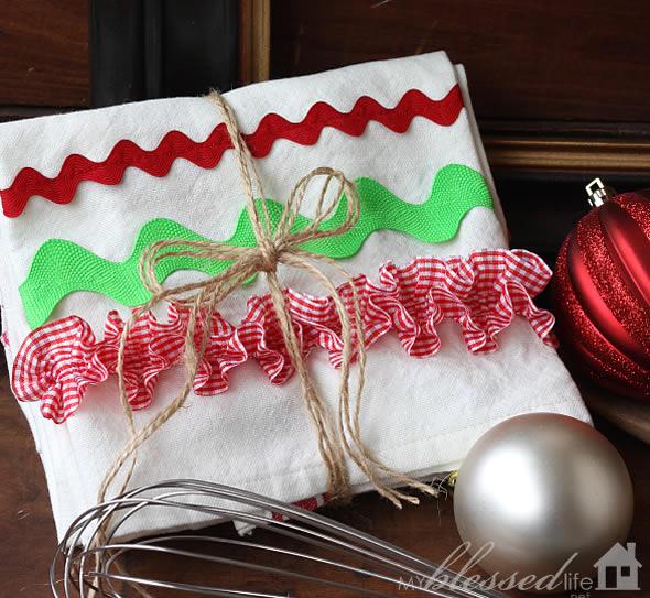 Pano de Prato Decorado para o Natal Fácil de Fazer