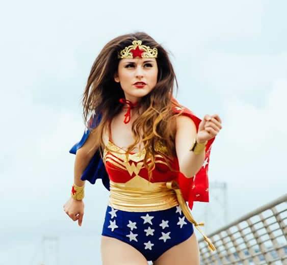 Como fazer Fantasia de Mulher Maravilha para o Carnaval