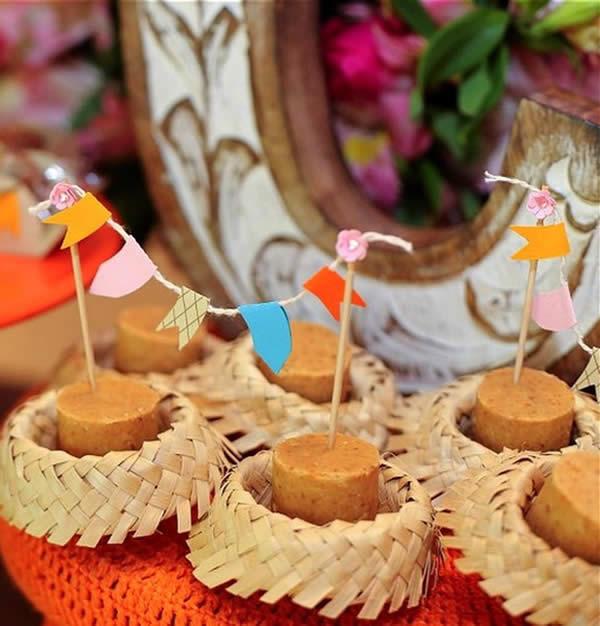 Docinhos decorados para Festa Junina