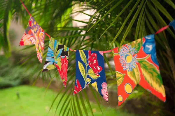 Bandeirinhas de tecido para São João