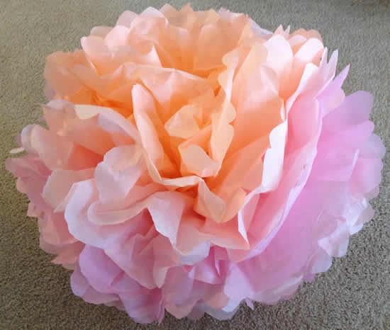 Bola de flor de papel seda