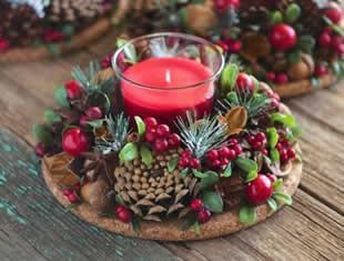 Decoração de Natal para mesa com velas