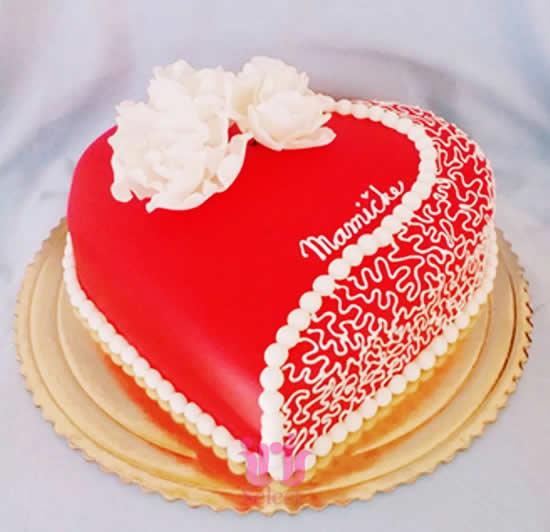 Aprenda a fazer um bolo coração