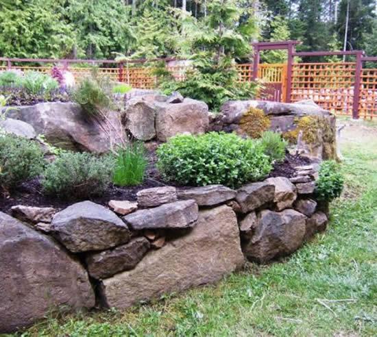 Decoração a partir de pedras para jardim