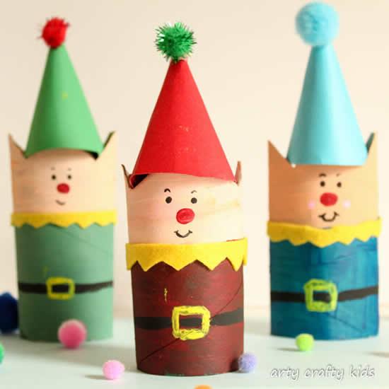 Enfeites de Natal com rolos de papel higiênico