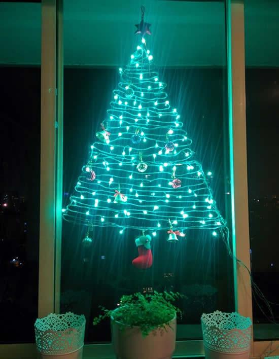 Árvore de Natal com pisca-pisca