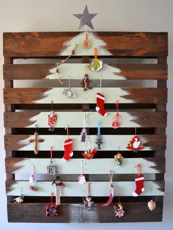 Linda Árvore de Natal com palete