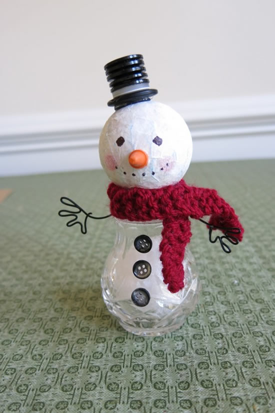 Lindos bonecos de neve com reciclagem