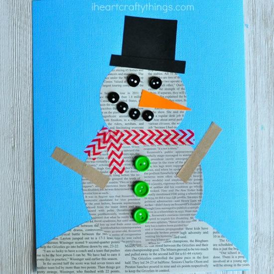 Boneco de neve com jornal