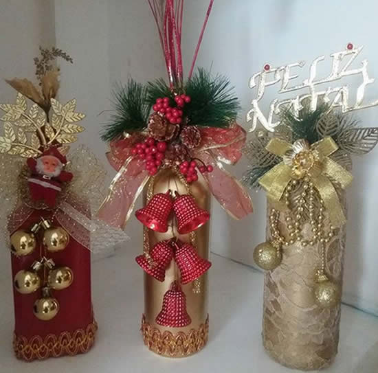 Decoração de Natal com garrafas decoradas