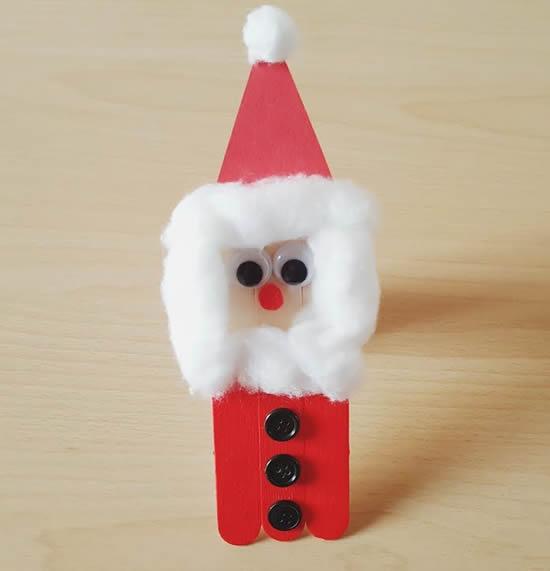 Papai Noel lindo com palitos de picolé