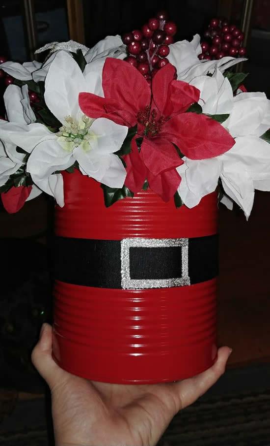 Decoração de Natal com lata