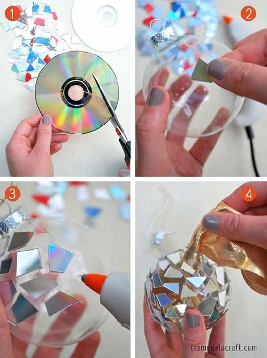 Bolas de Natal decoradas com CDs velhos