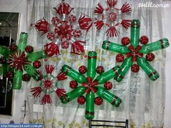 Enfeite de Natal com garrafas plásticas