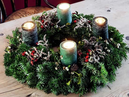 Enfeites para decoração de mesa de Natal