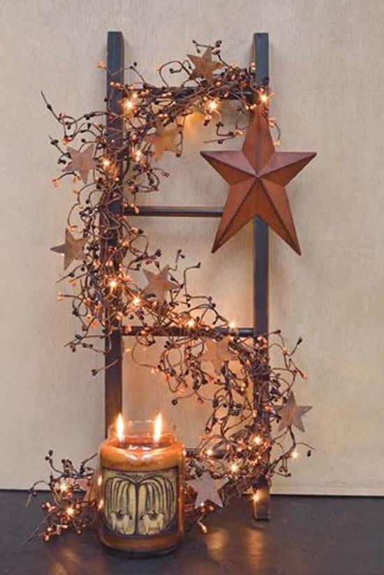 Decoração rústica de Natal com escada