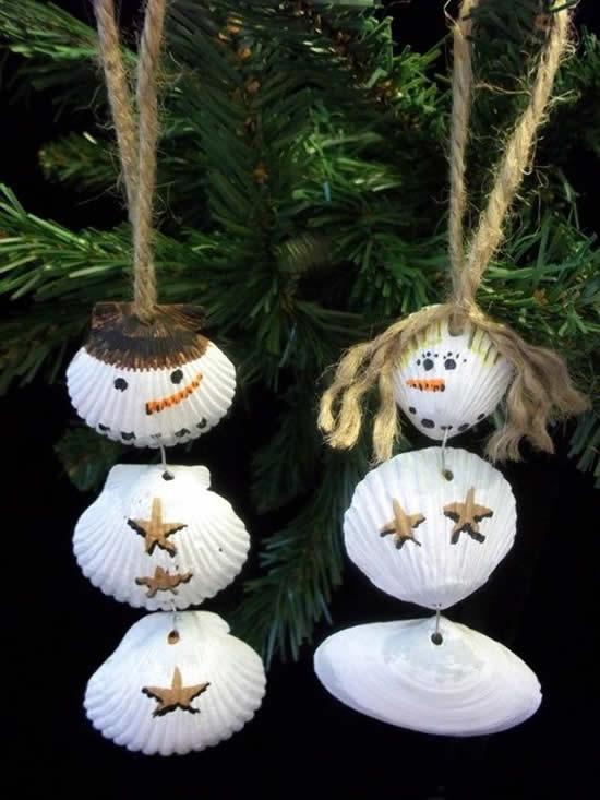 Enfeite de Árvore de Natal com conchas