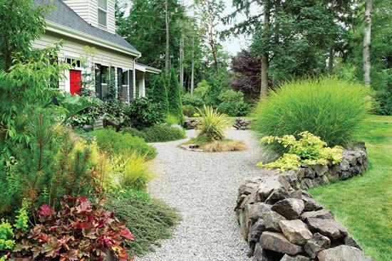 Inspirações de caminhos para jardim com pedras
