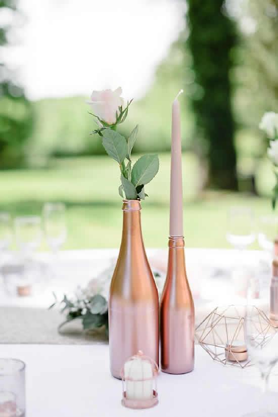 Enfeites de casamento com garrafas
