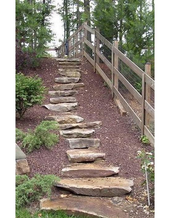 Escada criativa com pedras para o jardim