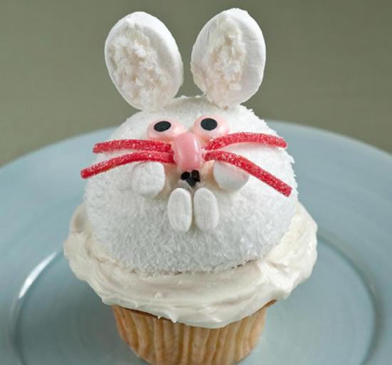 Cupcake decorado de coelhinho