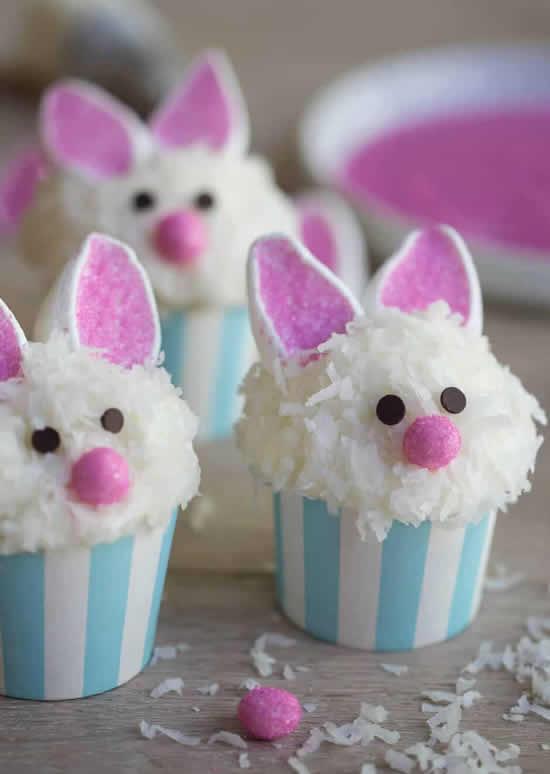 Cupcakes com coelhinho de Páscoa