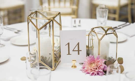 Enfeites e ideias para mesa de casamento