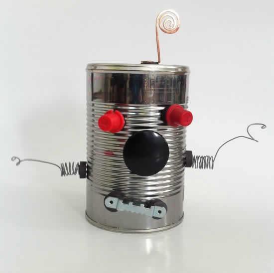 Robô de lata