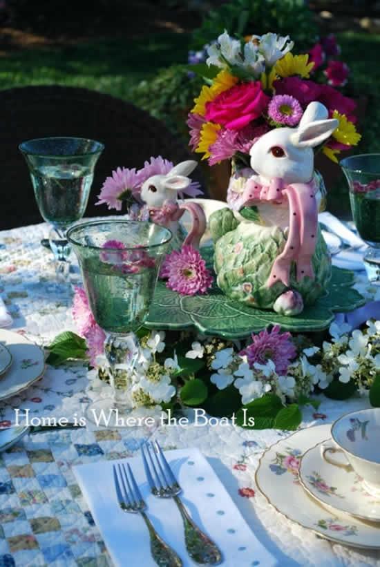 Enfeite lindo com flores para Páscoa