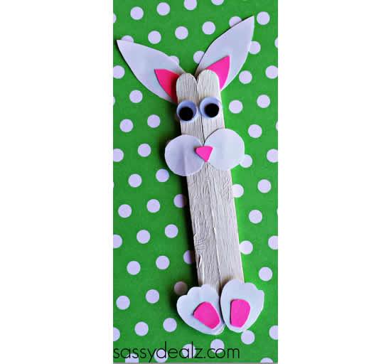 Coelhinhos com palitos de picolé para Páscoa